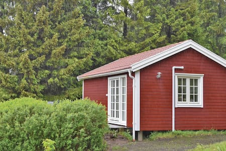 Holiday cottage with 2 bedrooms on 30m² in Lilla Edet