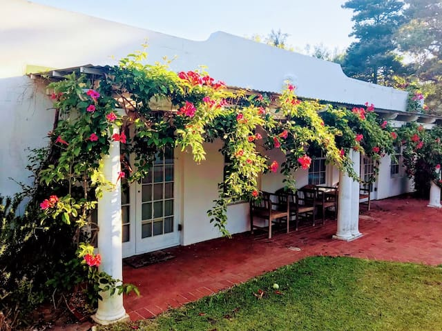 Pomegranate Cottage, Sorgh Vliet Stables, Hout Bay