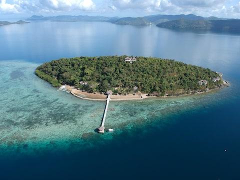 Iris Island Ocean View Eco Villa- Includes Meals