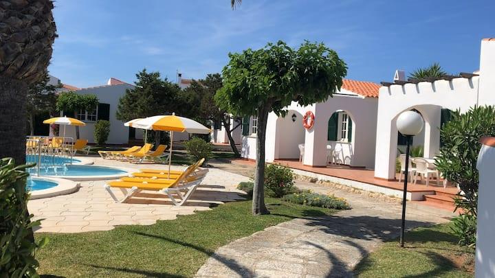 4 casas con piscina y jardín (nº4 - 1 baño) S.J.