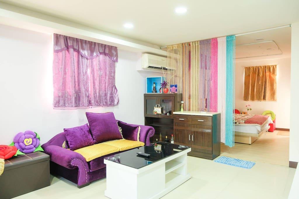 二樓-明亮舒適的一房一廳