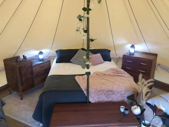 Fantasy Downs Glamping & Farmstay