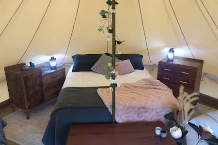 Fantasy Downs Glamping and Farmstay