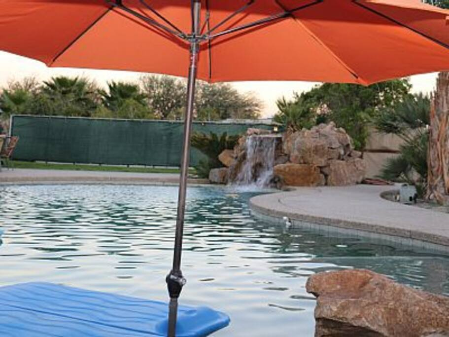 beautiful pool and spa