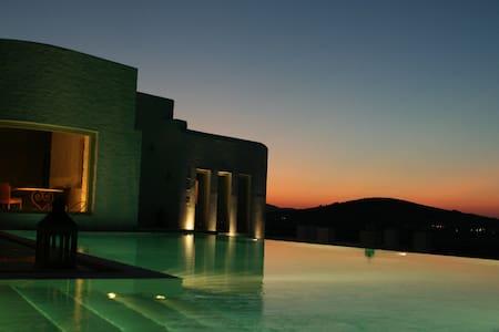 Gorgeous sea view villa in Paros - Ampelas - Villa