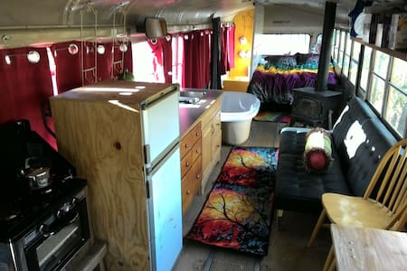 Offgrid Tiny Home BUS in the woods - Bellingham - Andet