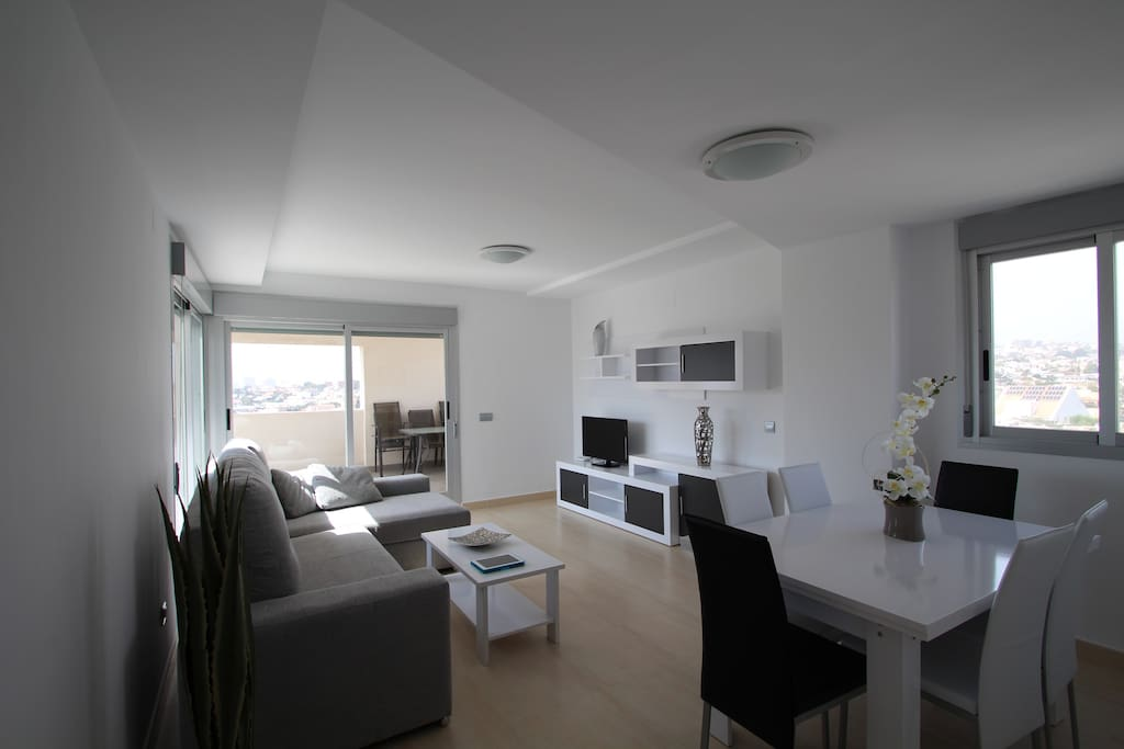 Big living room with connection to the terrace