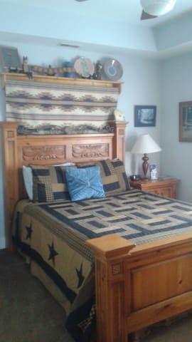 Derby Accommodations - Louisville - Bed & Breakfast