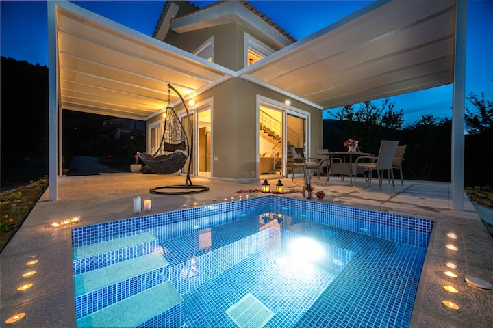 Villa Natura private jacuzzi