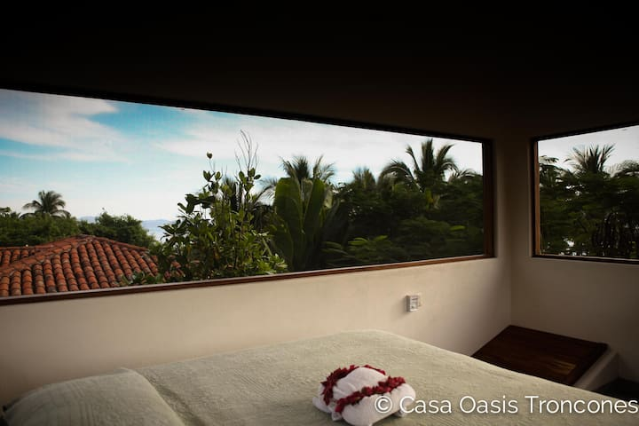 Casa Oasis Treehouse Loft—value + best swim beach