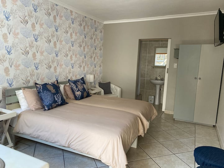 Gust House  //  Double Room a block from the beach