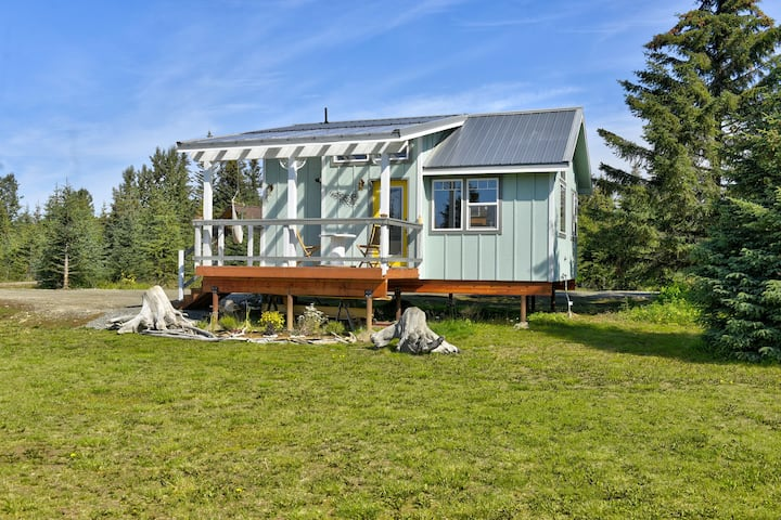 Fireweed Meadow Vacation Rental -Lakeview Cottage