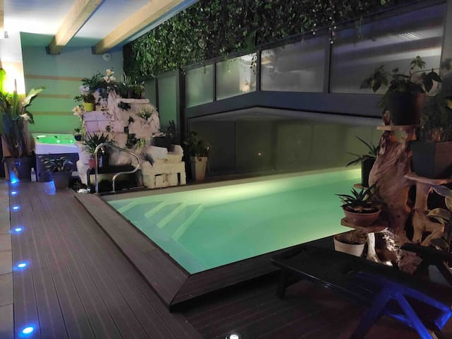 Chambres Désir'add: déesse,  détente piscine spa