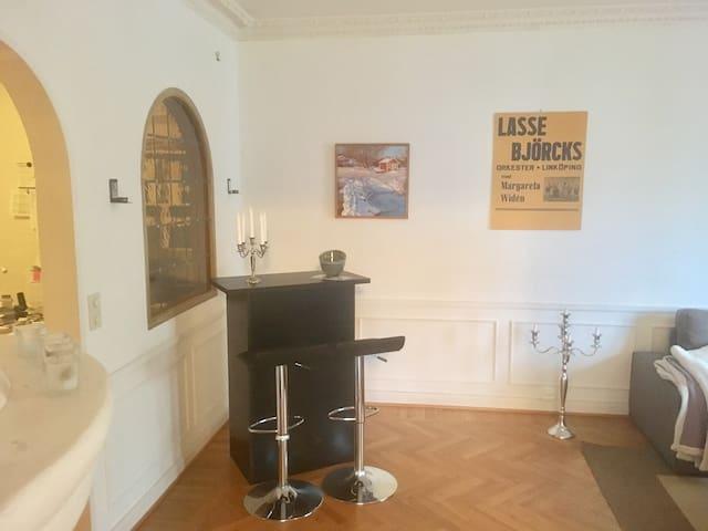 Mysig 3:a i centrum med balkong - Linköping - Apartment