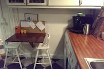 Small table that fits 2/3 persons.
