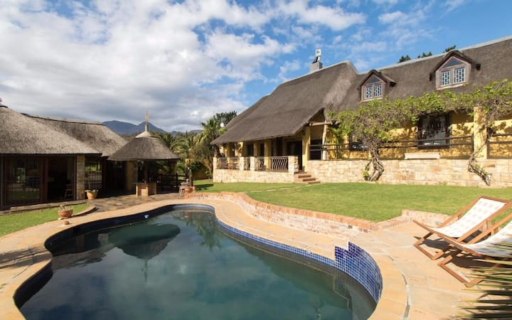 'The Haveli' Gordons Bay Farm Stay