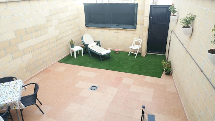 House with 3 bedrooms in Almagro, with wonderful mountain view, enclosed garden and WiFi