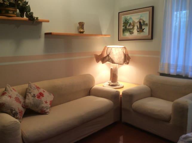 Trilocale con terrazza abitabile - Punta Ala - Apartment