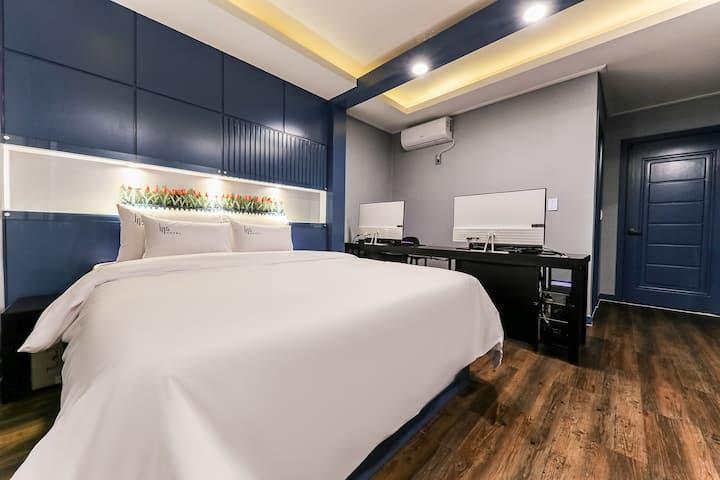 [대전시청역/도보 2분]2019년9월 리모델링~ 깔끔,청결, 가성비. 모두 갖춘 호텔.