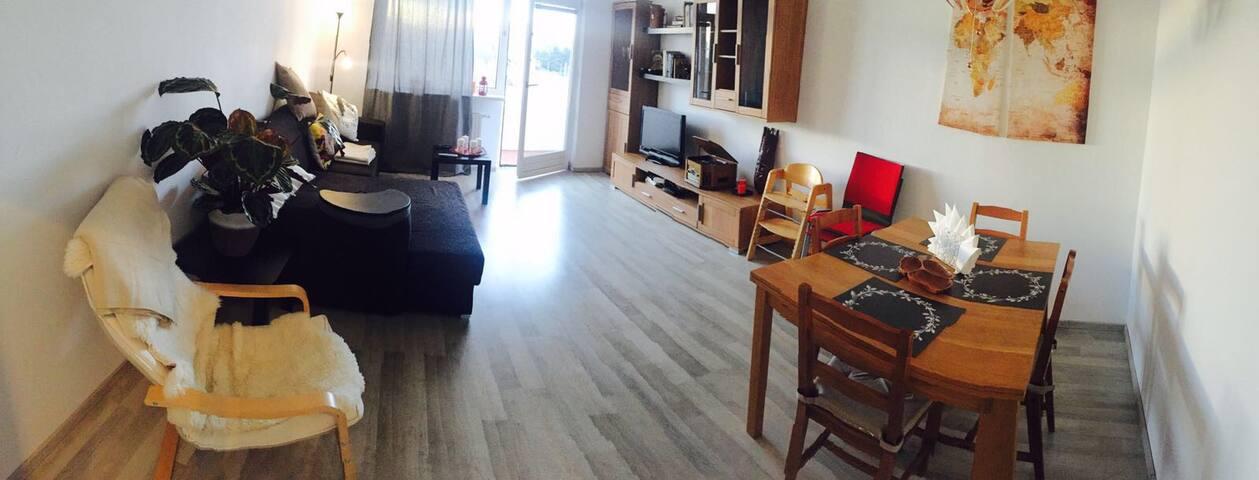 90qm flat. 10min Away from City center, Metro U1 - Vienne - Appartement