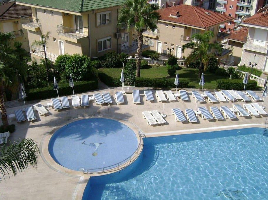 Utopia 1 pool