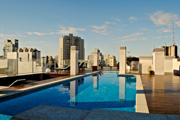 Gorgeous 2bd/2.5 bth, Rooftop Pool, Pal. Hollywood