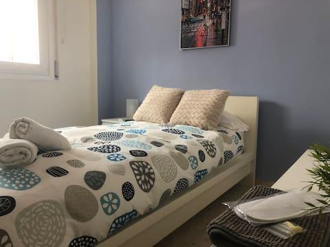 Single bedroom cozy and nice, TV & AirCon