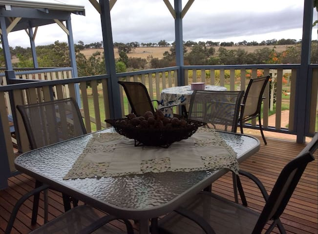 Amazing view of the Stirling Ranges - Kendenup - House