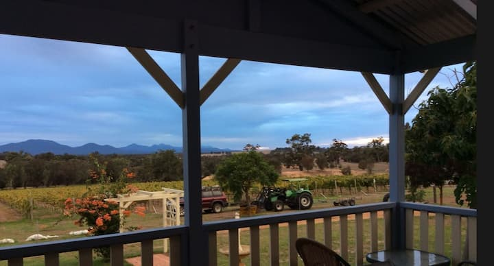 Arcadia Wines. Vineyard accommodation.