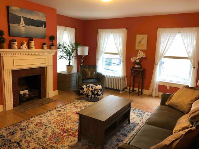 Apartment 1 at Morton's Moo (1BR)