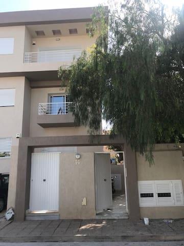 Appartement neuf et confortable à La Marsa