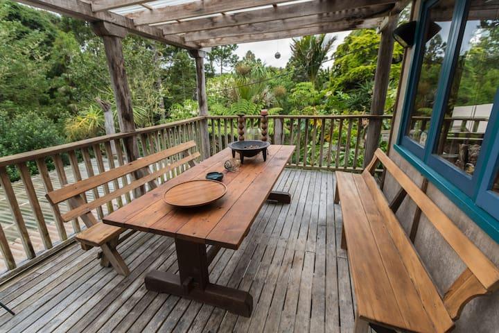 Tranquil kiwi lifestyle