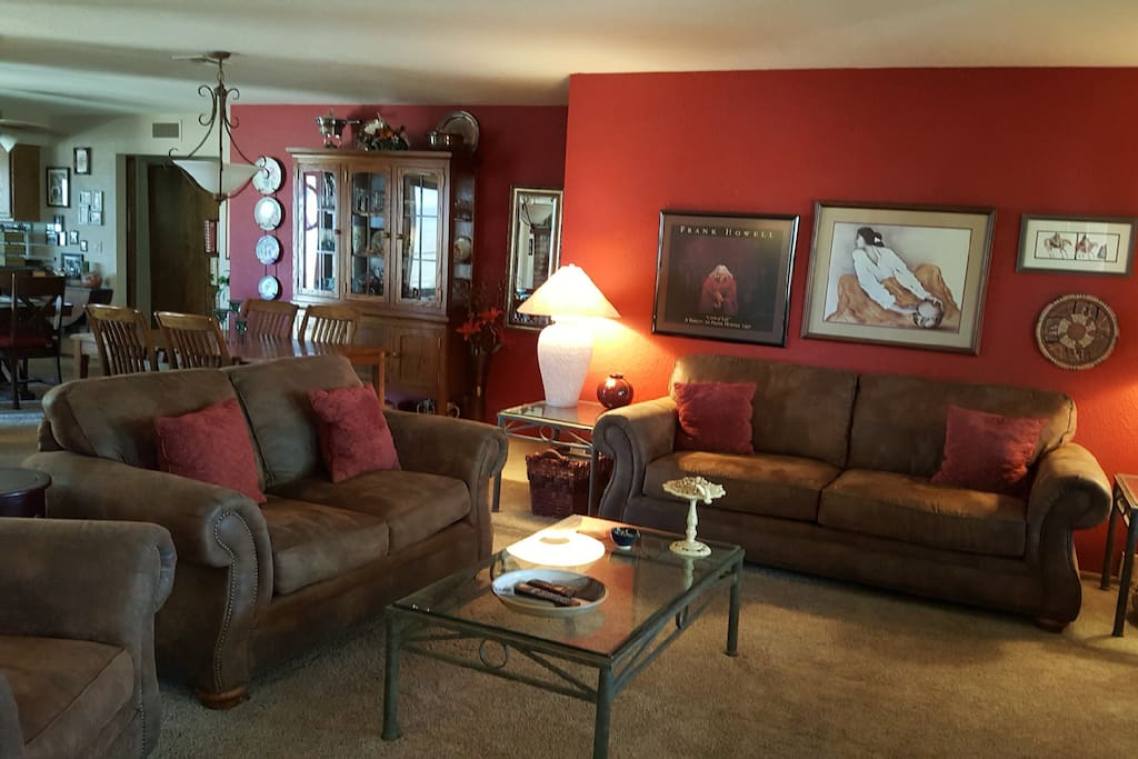 Open Great-Room with large screen TV, DVD, & WiFi.