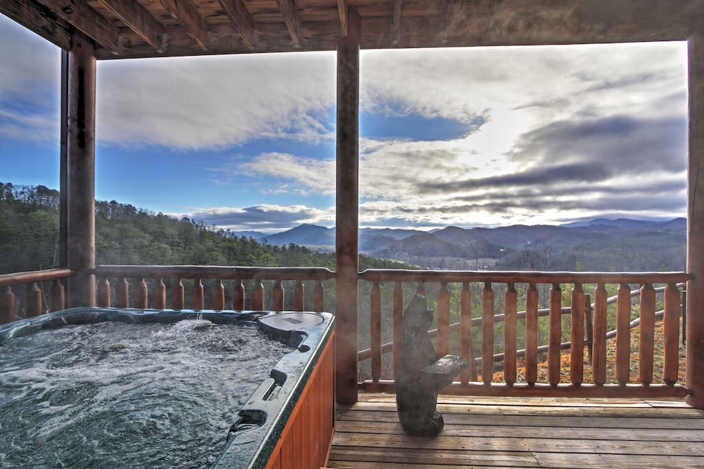 Enjoy the majestic mountains from the private hot tub.