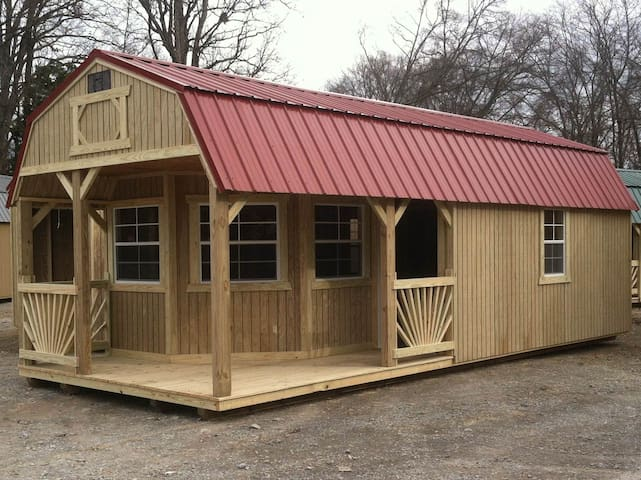 Jake Spoon Cabin with Corrals