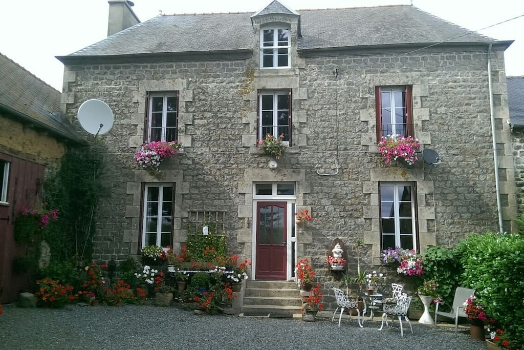 Chambres d 39 h tes in brittany france bed breakfasts for for Chambre d hote brittany