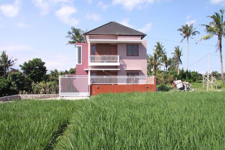 Padi Home, Nyanyi - Tanah Lot - Tabanan - Hus