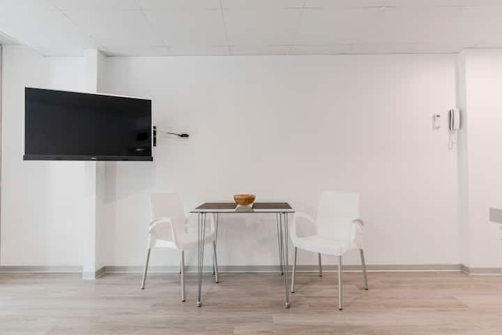 707 luxury studio A/C,in San Isidro