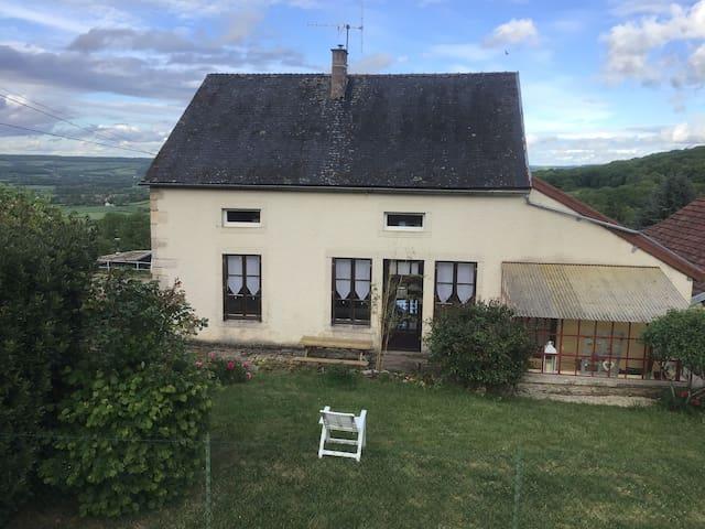Maison de village en Auxois
