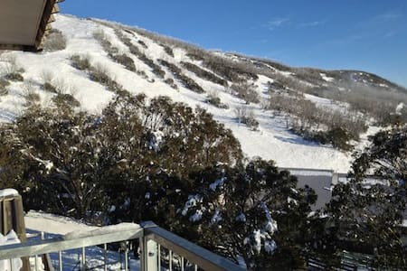 Ski in Ski Out - Loft Apartment - Falls Creek - Lägenhet