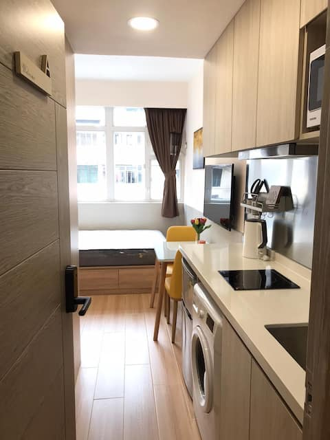 Luxurious Renovated Elegant Home in NP (1min MTR)