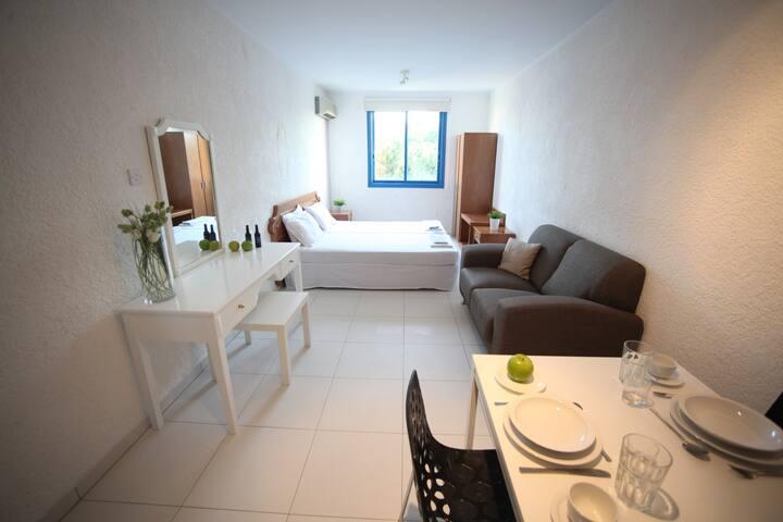 Studio Apartment - Paralimni - Apartamento