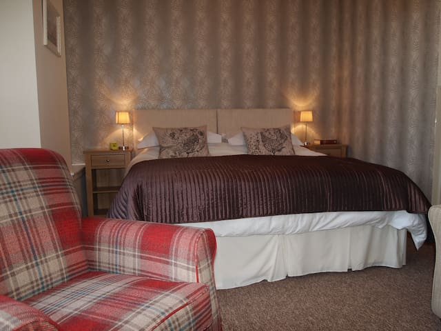 Snug in Grantown Vacation Rental - Grantown-on-Spey - Huoneisto