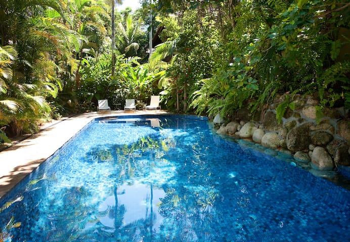 Coral Sea Villas 2 Bedroom Loft Apartment