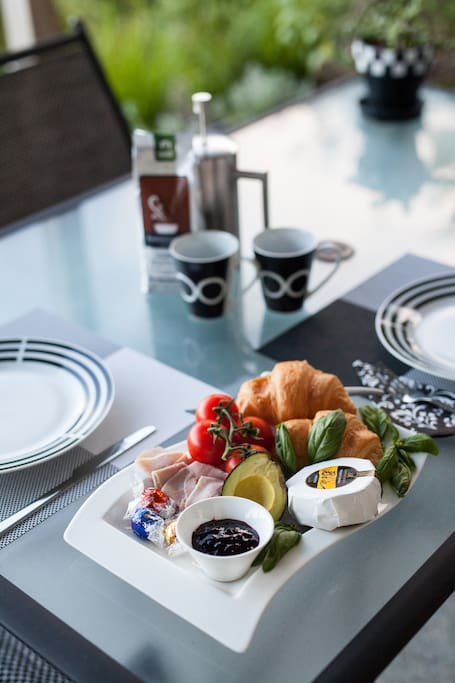 Breakfast at your leisure.