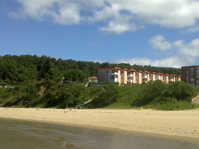 Piso a 20 metros de la playa  - Pontedeume - Appartement