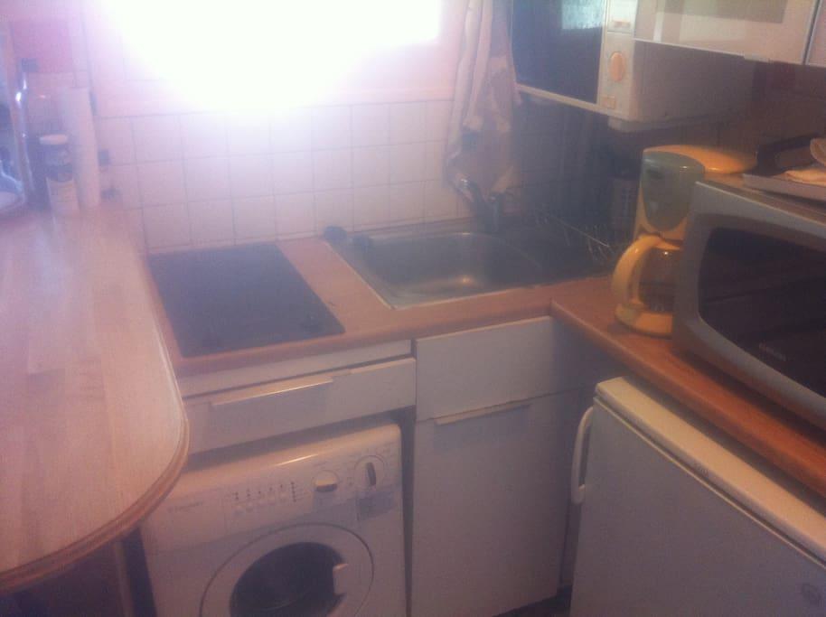 Machine à laver et four à micro-ondes !