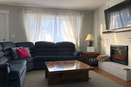 Birch House | Cozy 3BR in Babbitt, MN