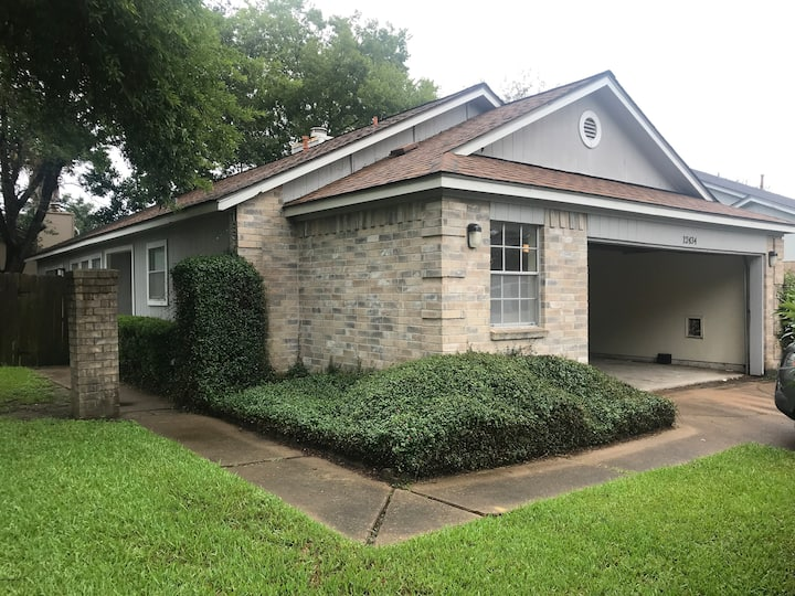 Houston Single family home in the southwest area.