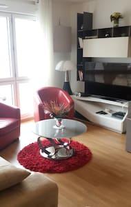 Sunset Appartment - Bourg-la-Reine - Apartamento